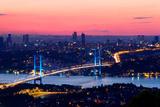 Istanbuł Bosporus most na zmierzchu