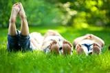 Dzieci o pikniku
