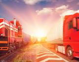 pociąg towarowy i ciężarówka jako koncepcja transportu