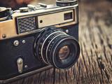 stary vintage zbliżenie kamery na drewniane tła