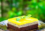 Pomarańczowy sok Jello ciasto