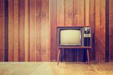Stara rocznik telewizja lub tv