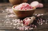 Koncepcja leczenia uzdrowiskowego z różową solą