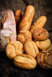 Różne rodzaje chleba i bułek