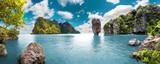 Malowniczy krajobraz. Ocean i góry. Podróż i przygody dookoła świata. Wyspa Tajlandii. Phuket.