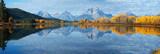 Jesień krajobraz w Yellowstone, Wyoming, usa