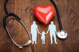 Czerwone Serce I Stetoskop Na Biurku