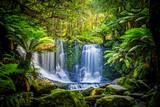 Podkowa Spada przy Mt Field parkiem narodowym, Tasmania, Australia