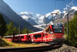pociąg szwajcaria na lodowiec moteratsch Bernina