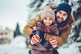 Tata z córką odkryty w zimie