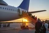 Ludzie na pokład samolotu, podróżujący