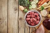 Świeże składniki dla zdrowej diety psa
