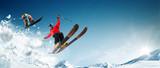 Jazda na nartach. Jazda na snowboardzie. Ekstremalne sporty zimowe