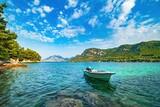 Widok na Adriatyk w Chorwacji o poranku