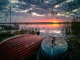 Wschód słońca nad Jeziorem Wełtyń