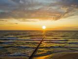 zachód słońca widziany z drona